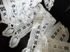 7 GENUINE VINTAGE WHITE COTTON HAND LACY ORNATE CROCHET TABLE RUNNERS PROTECTORS